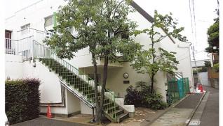 1974年に幡ヶ谷女子学園は役目を終え、その場所には児童養護施設「若草寮」(西澤猛理事長)が建つ=東京・渋谷区
