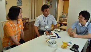 左から赤尾さん、福本さん、前川さん