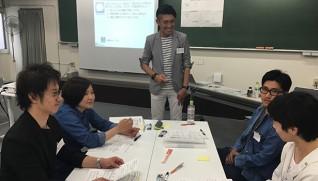 杉本さん(中央)は参加者の良さをうまく引き出していた