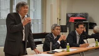 代表理事になった石川氏(左端)